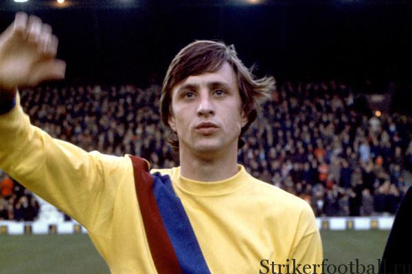 Новый герои на «Ноу Камп», его переход в 1973 г.стал началом долгой связи голландца с каталонским клубом.