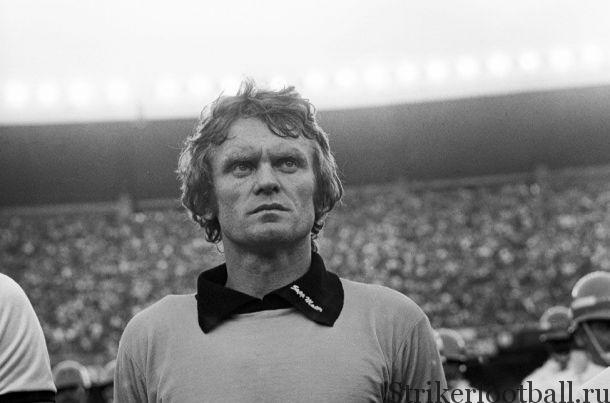 """Зепп Майер был внушительной и легко узнаваемой фигурой в воротах мюнхенской """"баварии"""" и в сборной ФРГ в 1970-х."""