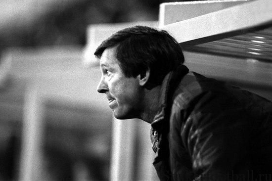 Алекс Фергюсон возглавил находящийся в кризисе «Юнайтед» и оценил уровень готовности унаследованной им команды как «депрессивный».